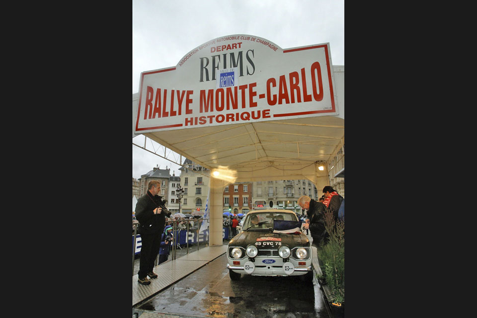 location-automobiles-collection-engagement-participer-rallye-rallyes-historique-drive-classic-19