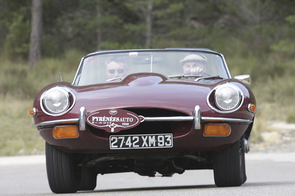 location jaguar type e cabriolet seminaires incentive voitures anciennes drive classic 14. Black Bedroom Furniture Sets. Home Design Ideas