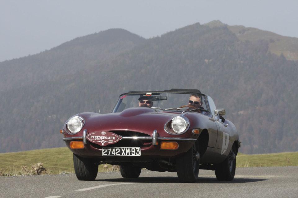 location-jaguar-type-e-cabriolet-seminaires-incentive-voitures-anciennes-drive-classic-7
