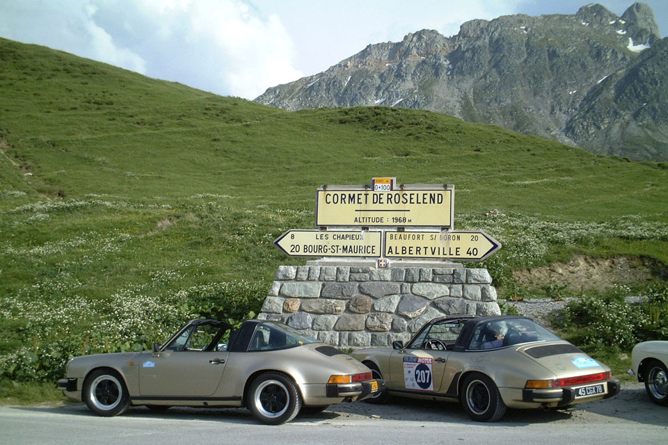location-porsche-911-targa-seminaires-incentive-team-building-rallyes-location-automobiles-collection-drive-classic-2