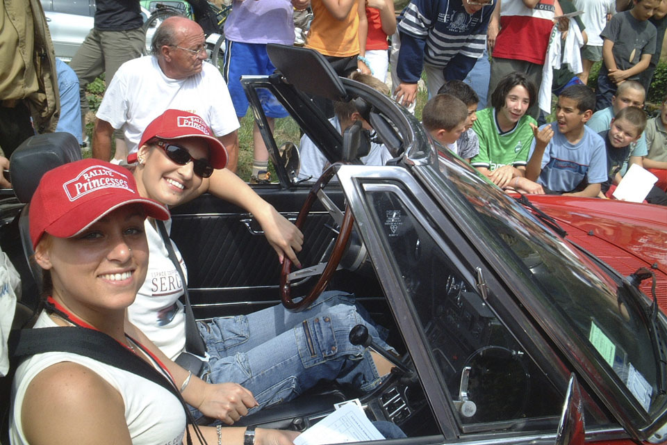 location-voiture-ancienne-rallye-historique-drive-classic-37