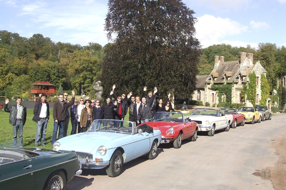 team-building-seminaires-incentive-location-automobiles-collection-drive-classic-17