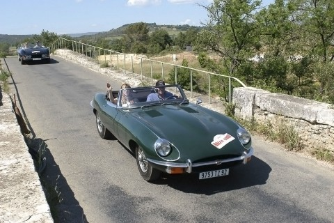 location-automobiles-collection-tourisme de groupe-drive-classic-9