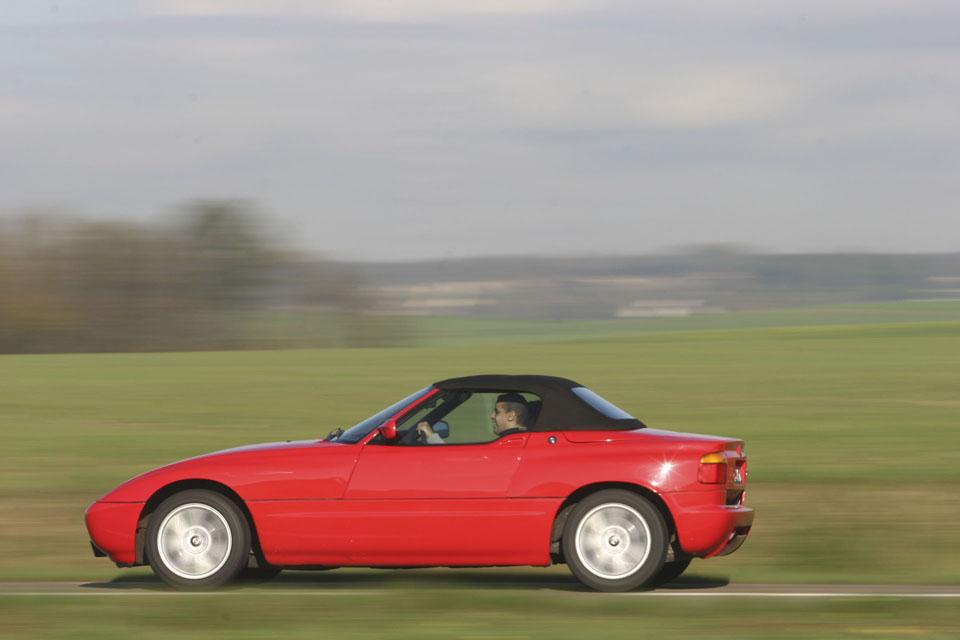 drive-classic-location-bmw-z1-team-building-incentive-seminaires-02