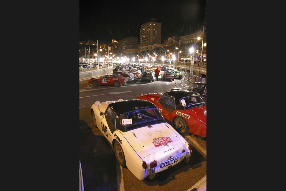 location-automobiles-collection-engagement-participer-rallye-rallyes-historique-drive-classic-38