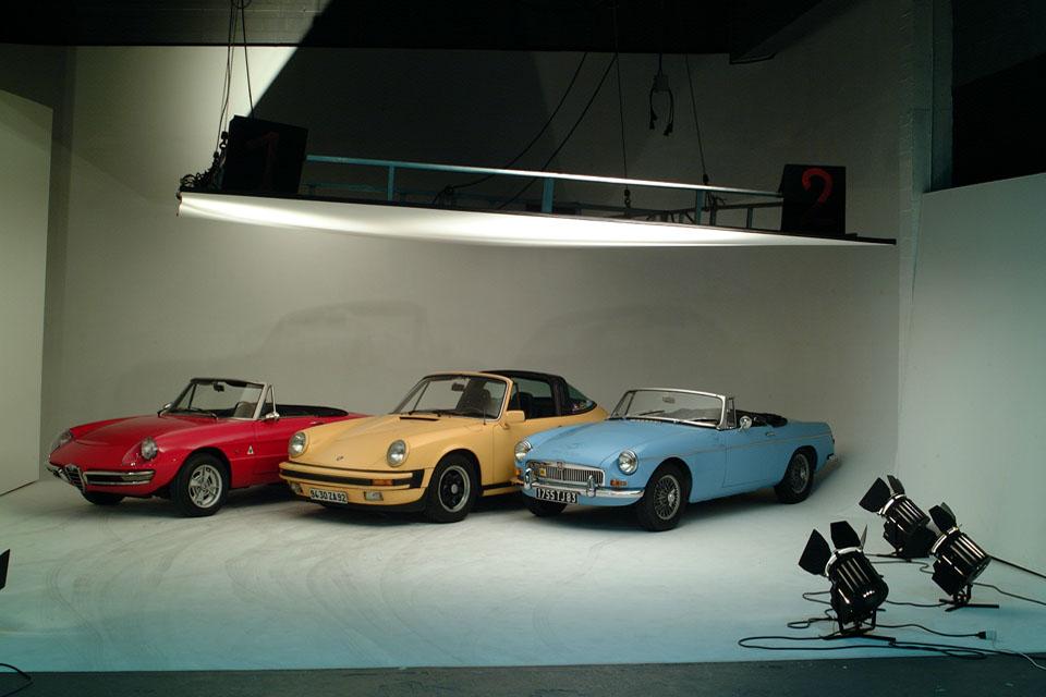 location-automobiles-collection-prises-de-vues-mode-pub-cinema-television-tv-drive-classic-23