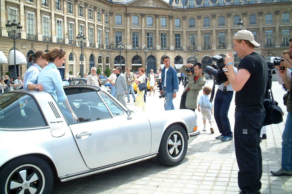 location-automobiles-collection-prises-de-vues-mode-pub-cinema-television-tv-drive-classic-30