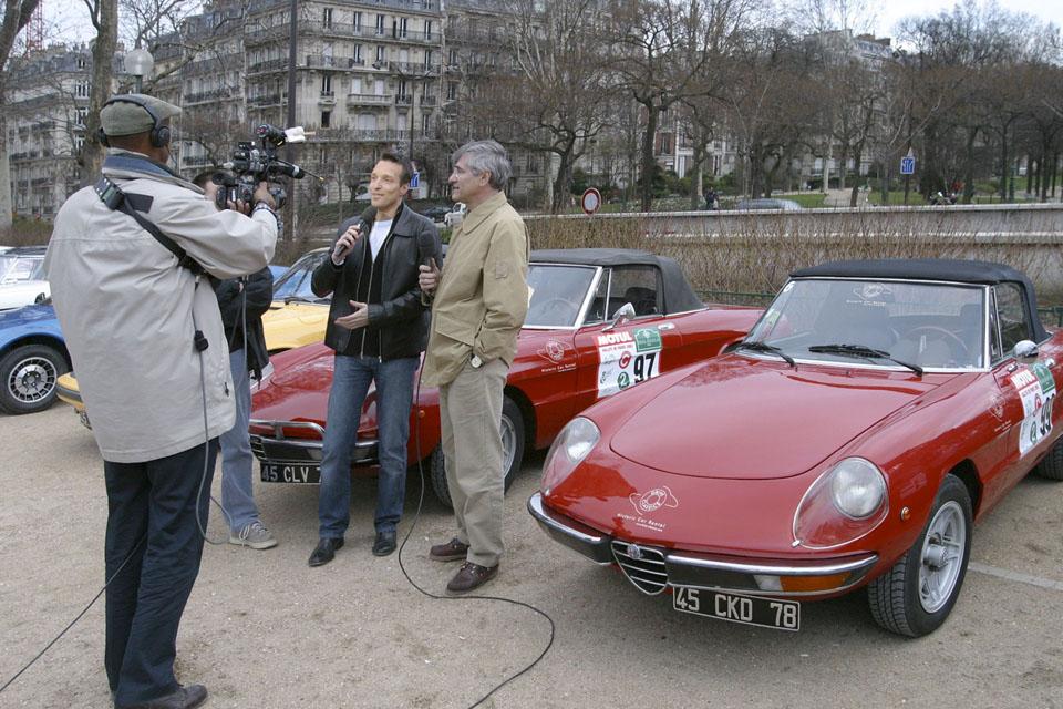 location-automobiles-collection-prises-de-vues-mode-pub-cinema-television-tv-drive-classic-5