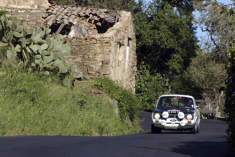 location-voiture-ancienne-rallye-historique-drive-classic-04