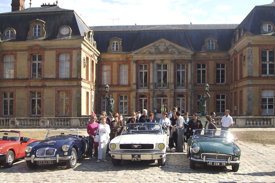 team-building-seminaires-incentive-location-automobiles-collection-drive-classic-15