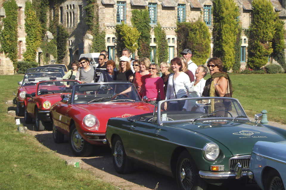 team-building-seminaires-incentive-location-automobiles-collection-drive-classic-16