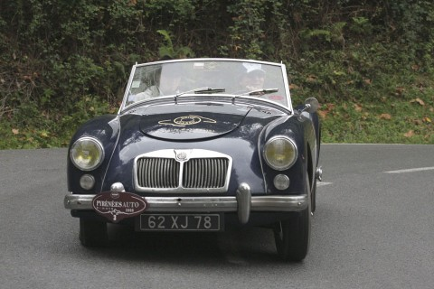 location-mg-a-seminaires-incentive-team-building-automobiles-collection-drive-classic-06